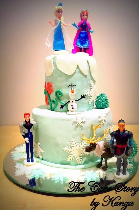 Double layers of goodness all in a Frozen themed cake.
