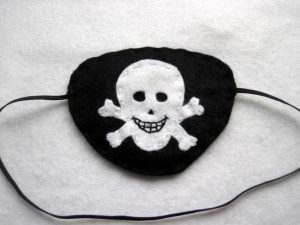 Pirate party favor - diy eye patch